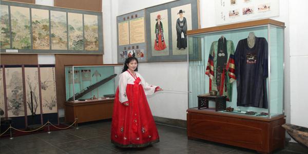 신의주력사박물관