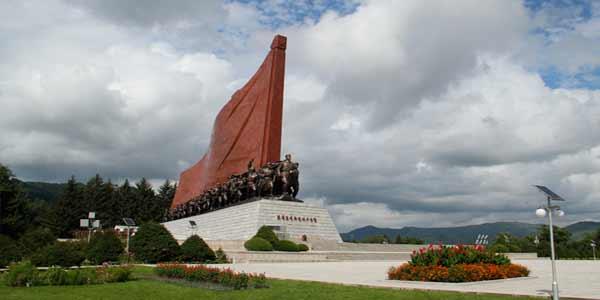 보천보전투승리기념탑