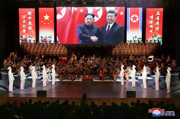 朝鲜友好艺术代表团访华演出圆满成功